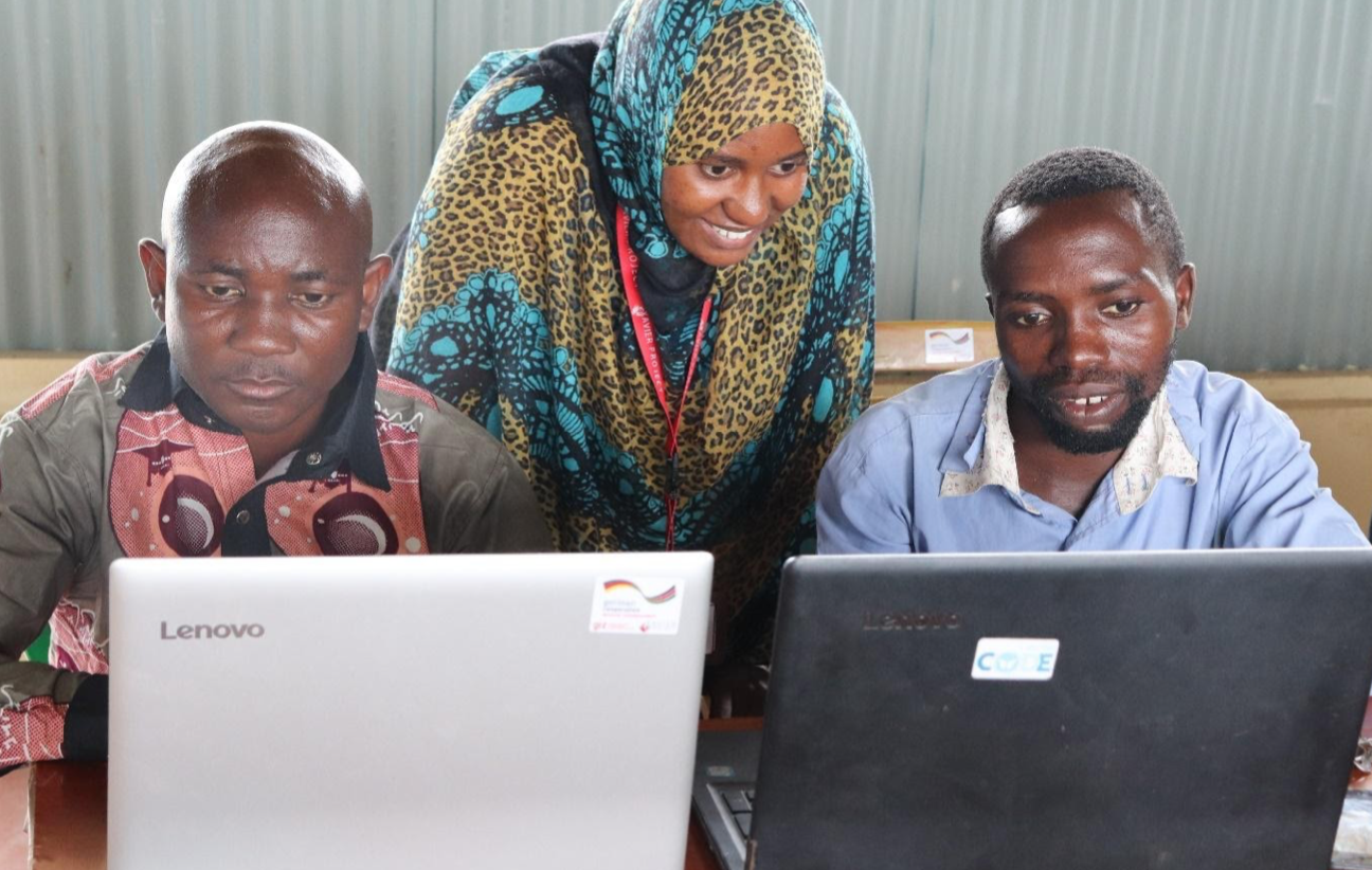 Overcoming challenges when serving refugees in Kenya